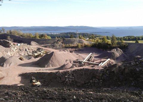 STEDET: Solum pukkverks område ligger ikke langt fra friluftsområdet Solumsåsen. Foto: Skjermdump fra Solum pukkverks nettside