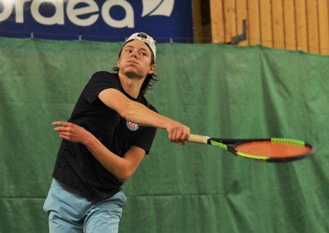 I slaget: Jacob Krefting slo alle under Norgescupen på Ramberg. Begge foto: Petter Andresen