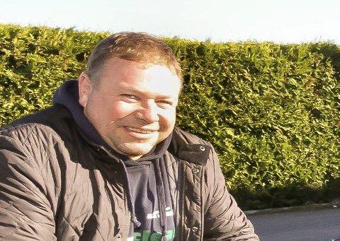 Geir Even Elgaaen er en ivrig bidragsyter som har kjørt sykebil, styrt og stelt i Røde Kors og gledet mange med sin gode latter.