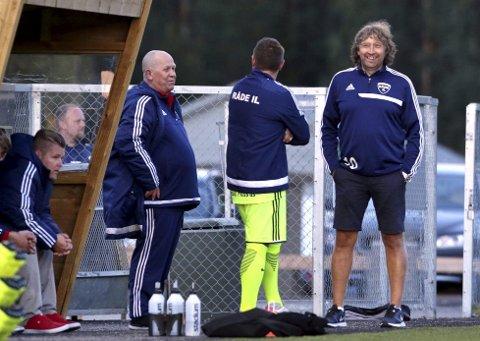 Knut Erik Berg (til høyre på bildet) sørger alltid for at det skjer ting rundt ham, og mye rart skal skje hvis ikke den karen finner noe å glede seg over.