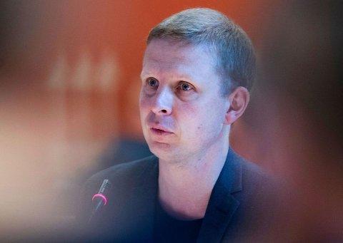 AVVISER KRITIKKEN: Erik Lunde i KrF avviser kritikken fra Senterpartiet om at de stemte for å øke taxfree-kvoten i 2014. Foto: Terje Pedersen (NTB Scanpix)