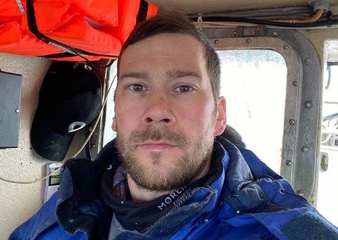 TRAGISK: - Det er tragisk det som nå har skjedd. Det må bli et større fokus på forholdene for oss sjarkfiskere, sier Johnny Johansen.