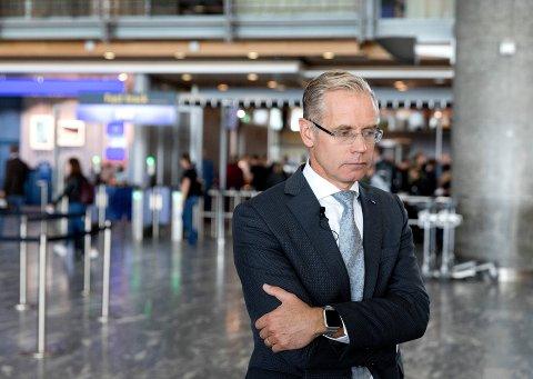 HISTORISK: SAS-sjef Rickard Gustafson la torsdag fram selskapets helårsresultat, som viser et historisk underskudd.