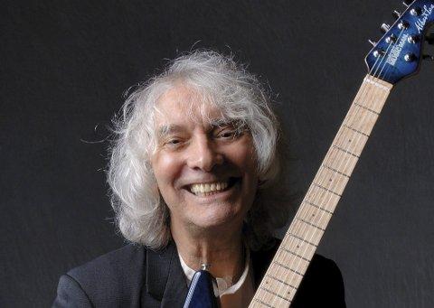 Albert Lee: Lørdag kommer en internasjonal gitarist som de fleste gitarentusiaster kjenner til Sanden Scene og Rockekveld Live.