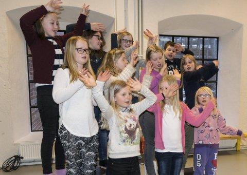 Kuli: Koret Kuli på kulturskolen er et av mange musikkinnslag på Barnas Verdensdag på Sliperiet lørdag.foto: per Albrigtsen