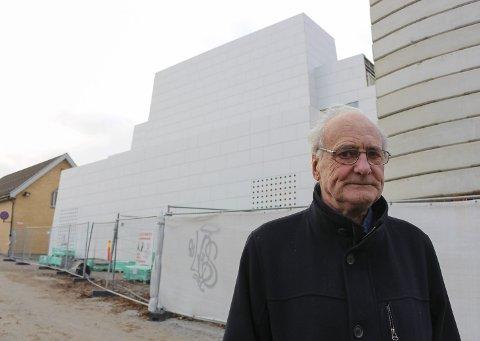 TRIST: Gunnar Hopen sier at det kommende kirkebygget gjør ham trist.