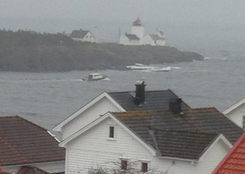 Politiet øver på sjøtjenester på Langesundsfjorden og i farvannet ved Langesund i dag.
