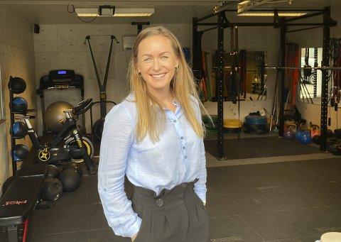 HJEMMEKONTORET: Her på treningsrommet i garasjen blir det mange økter for Mariann Deila i løpet av uka.