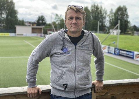 Følger reglene: Pors-leder Gert Willumsen ville ikke tillatt fullkontakt på treninger i klubbens regi, så lenge smittevernreglene fortsatt gjelder for spillere fra 20 år og opp.