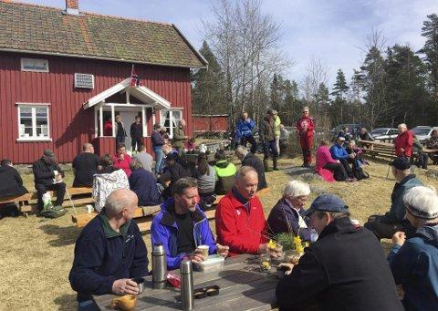 Høitomt: Mange ble med DNT Indre Østfold på tur søndag.  Foto: Pål Andersen