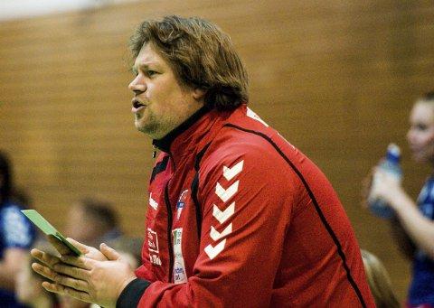 ET LAG DE SKAL SLÅ: Selv om møtet med Selbu volder HSK-trener Glenn André Ruud-Andersen visse bekymringer, er det en kamp han mener de skal vinne.
