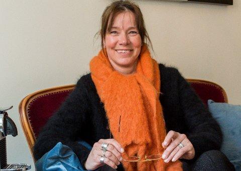 VIL HANDLE BRUKT: Kati Huttunen håper HRA kan formidle brukte gjenstander fra Trollmyra.