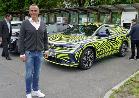 SEPTEMBER: VW-sjef Harald Edvardsen-Eibak, bekrefter at nye ID.4 får verdenspremiere i slutten av september. Foto: Mats Brustad / Broom
