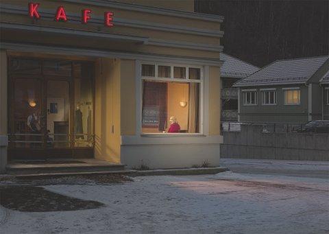 "FRONTER FOTOUTSTILLING: Bildet ""Slow night"" av Ole Marius Jørgensen er tiltrekningskraften på utstillingen ""Ole Marius Jørgensen | Fotografier 2015 - 2019"" hos finearts i Oslo."