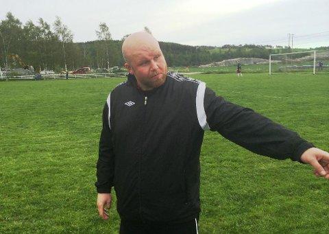FLAU: Åkrene-trener Patrick Ween så hjemmelaget kollapse helt siste timen.