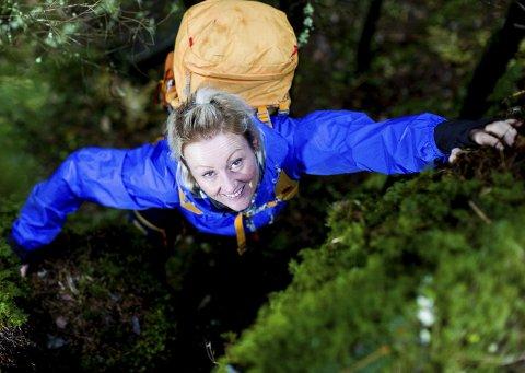 I hardtrening: Une Prestholt fra Rælingen elsker å trene hardt. Femtimers gåturer med tung sekk gir henne en god følelse. Foto: Tom Gustavsen
