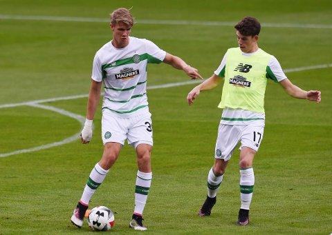 SPILTE FRA START: Kristoffer Ajer startet sin tredje strake kamp i midtforsvret til Celtic.