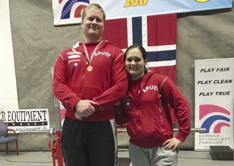 PAR: Per Marius Hole og Ruth Kari Krokeide varmer opp til EM med lokalt regionmesterskap.