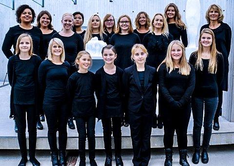 ENSEMBLE: Ensemble di Nuovo synger seksstemt og gleder seg til å synge julesanger lørdag.