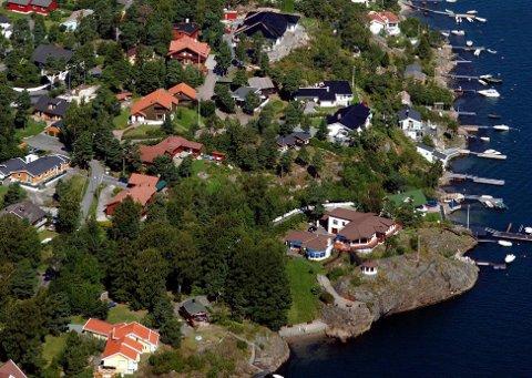 BOLIGSALG: Kommunen oppdager, blant annet gjennom boligannonser, at det er gjort ulovlige utbedringer på boliger i Sandefjord. Boligen som omtales i denne saken er ikke på bildet.