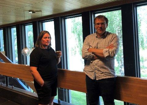 VIKTIG: Både Elin Hauge (Ap) og Knut Hauge (Sp) var samde om i pausen at aktiviteten på Sogn skisenter er viktig for Luster, og noko må skje fort dersom Heggmyrane skal kunne hevda seg i konkurranse med Hodlekve.