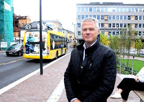 NEDTUR: Områdesjef Geir Aasoldsen i VY Grenland og Vestmar registrerer en kraftig nedgang i antall passasjerer dette året.