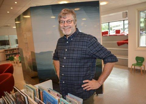 Fleksibel: Peter Svalheim har vært biblioteksjef i Tvedestrand siden 2016, men han har også en sykepleierutdannelse, og har solid erfaring i det yrket. Arkivfoto