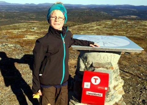 Sprek: Håkon Andresen på toppen av Smørlifjellet, en av de fem toppene han besteg i høstferien.