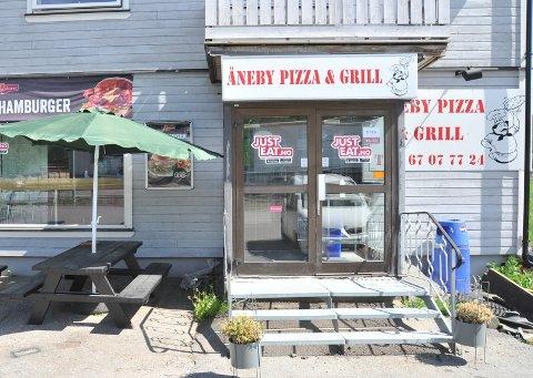 MÅSTENGE:Åneby Pizza & Grillmå ta ei pause etter resultatet av en politiaksjon.