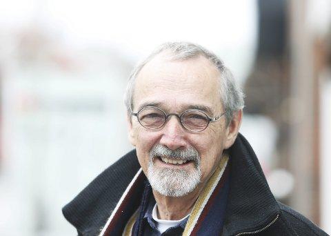 Forfatter Preben Mørkbak fra Danmark har bodd i Bodø de siste sju årene og stortrives her. Hans bøker om Eirik Raude har solgt i 60.000 eksemplarer bare i Norge. Foto: Helge Grønmo