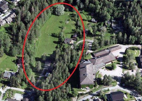 Fire eiendommer i Nylendeveien i Ytre Enebakk er solgt for kr 15.350.000 fra Jehovas Vitner til Borthen Gruppen As.