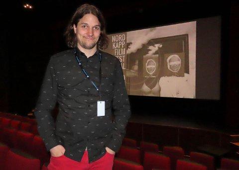 ET HUNDELIV: Espen Olaisen var til stedet da filmens hans hadde visning under Nordkapp Filmfestival 2019.