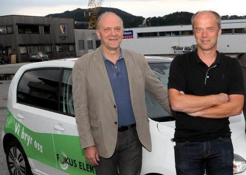 Svein Nødseth og Tore Nyttingnes er to av medeigarane i Fokus Elektro. Dei tek inn ein ekstra lærling i år, fordi dei har rikeleg med arbeid framover.