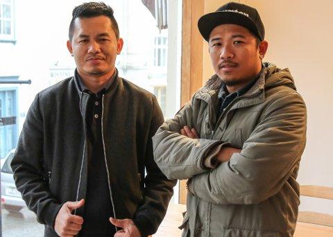 Ton Kd Skarstein (t.v.) og Kosin «King» Skarstein kan i dag slå opp dørene på Thai-Isaan igjen, etter å ha vore stengde i ni dagar.