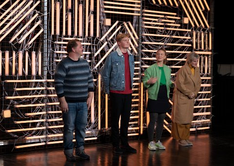 Til Oslo: Nå kan de fire skuespillerne få spille på Nationaltheatret. Fra venstre: Nils Jørgen Kaalstad, Alfred Ekker Strande, Gine Cornelia Pedersen og  Anne Marie Ottersen.