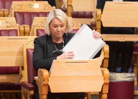 Kommunal- og moderniseringsminister Monica Mæland mener initiativet fra kommunene om å innlemme nye Tjeldsund kommune i samisk språkforvaltningsområde vil løfte det nordsamiske språket.