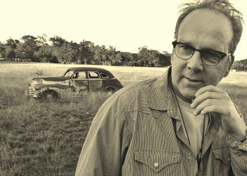 NYTT ALBUM: Roy Lønhøiden har vært i Texas, USA og spilt inn et nytt album. Resultatet kan du høre på Williams kaffebar i Kongsvinger mandag kveld.