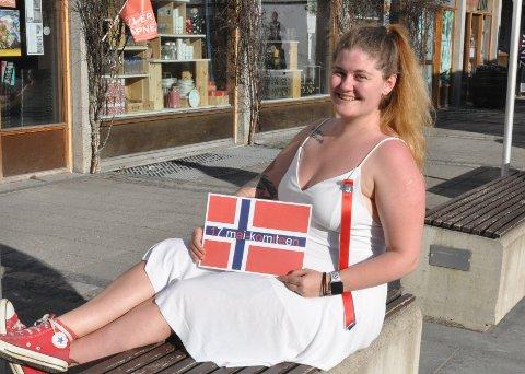 Martha Knapp (23) leder årets 17. maikomité i Lillehammer.