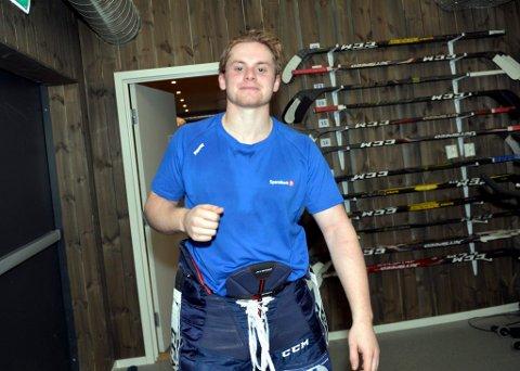 Smilet var tilbake i garderoben til Lillehammer IK. Sondre Bjerke var glad for at det endelig ble en hjemmeseier igjen.