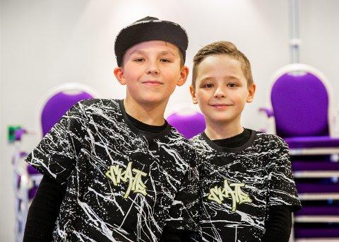 Arion (11) og Almin Grindvold (9) kom fra Hamar for å opptre på audition for Norske talenter på Lillehammer.
