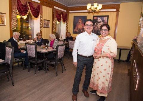 Ranbir Singh og kona Rupinder Kaur åpnet restauranten «Indian dining – by Gutta fra Calcutta» i Gjøvik i 2019.