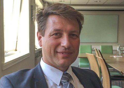 GIKK AV: Ole Richard Holm-Olsen har gitt seg som nestleder i Høyres kommunestyregruppe. - Det gikk ut over både jobben og familien, men jeg fortsetter i politikken, sier han.