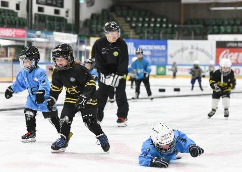 FÅR PENGER: Comet Bredde, som blant annet arrangerer skøyte- og ishockeyskole, var blant klubbene som fikk mest fra Grasrotandelen 2020.