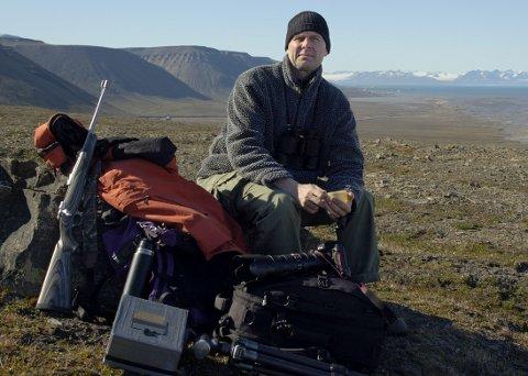 KOMMER HJEM: Med fotoutstillingen «Arktis/Antarktis» kom fotograf Morten Løberg hjem til sin barndoms by. FOTO: Grete Myhre