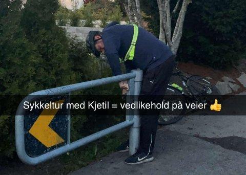 VEISJEFEN: Kjetil Lindanger sier han ikke legger jobben helt vekk, selv på fritiden. I dette tilfellet ble han i overkant ivrig etter å ordne opp. Under en sykkeltur i hjembyen. Bildet er tatt ved en tilsvarende bom på Bleikemyr.