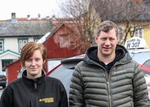 June Bjerknesli og Joakim Vike ønsker den svarte piratvirksomheten til livs for å  kunne gi kunder i Mosjøen et enda bedre tilbud.