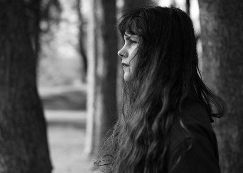 MØRK SINGEL: Ida Jenshus slipper ny singel, «The Grip», 25. juni, det er en forsmak påhennes nye album som kommer til høsten.