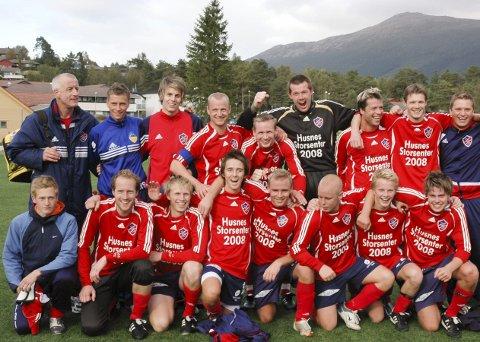 2007: Her er delar av gjengen som kjempa om opprykk til 2. divisjon i 2007.