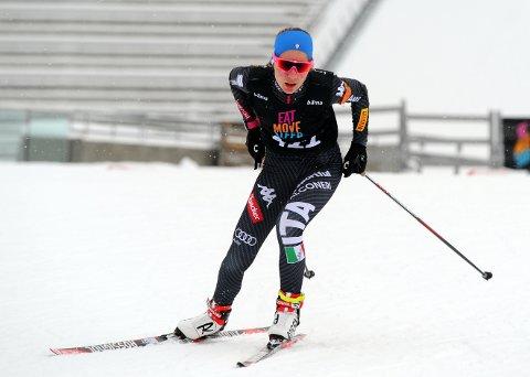 Guro Femsteinevik imponerte då ho gjekk til topps i Kvalfoss-sprinten i Holmenkollen på laurdag.