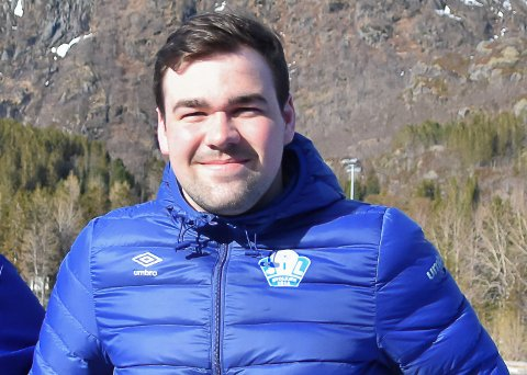 ARRANGØR: Svein Egil Torbergsen og resten av SIL arrangerer showkamp i håndball i Våganhallen.